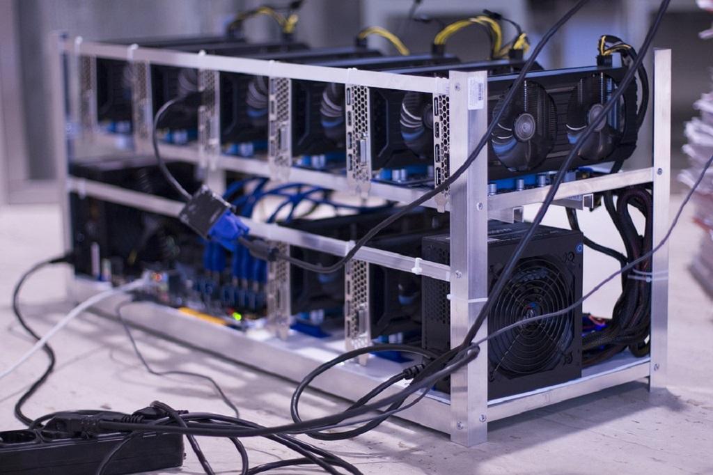 Cek Alat Perangkat Mining Bitcoin Paling Efisien 2021