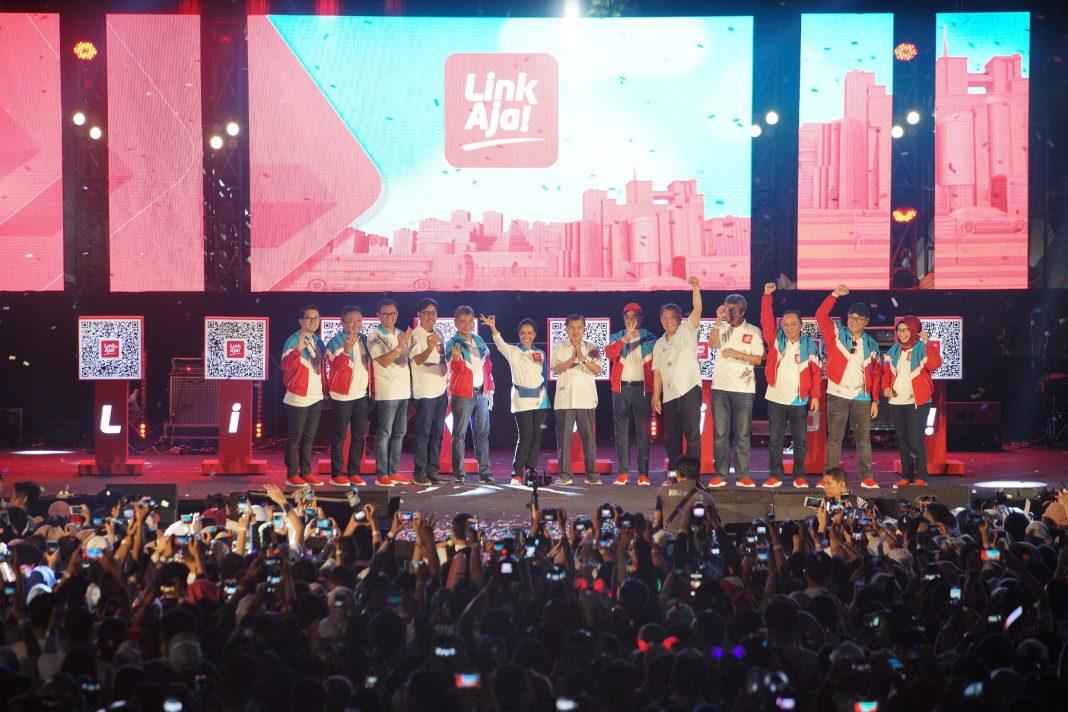 Seluruh Masyarakat Indonesia picture