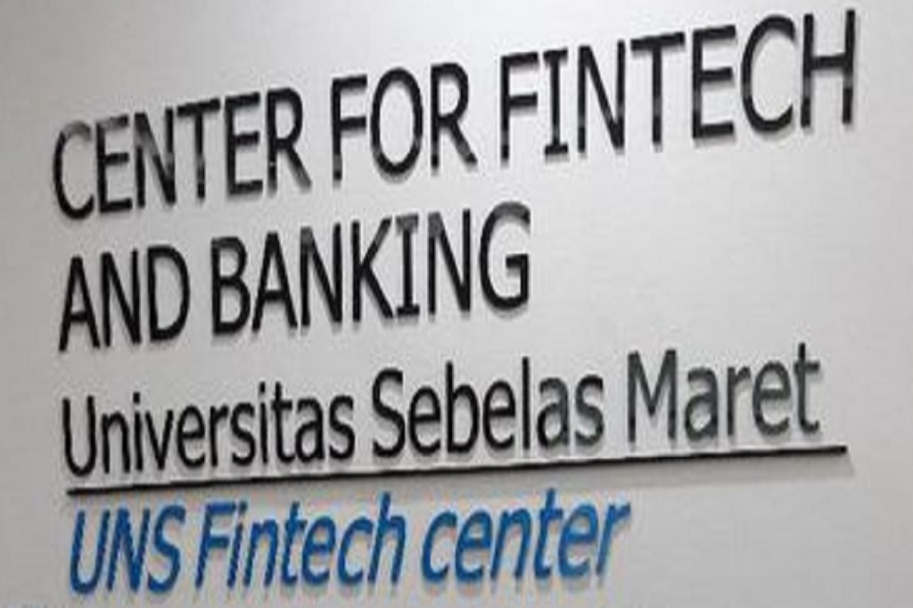 fintech center pertama di Indonesia picture