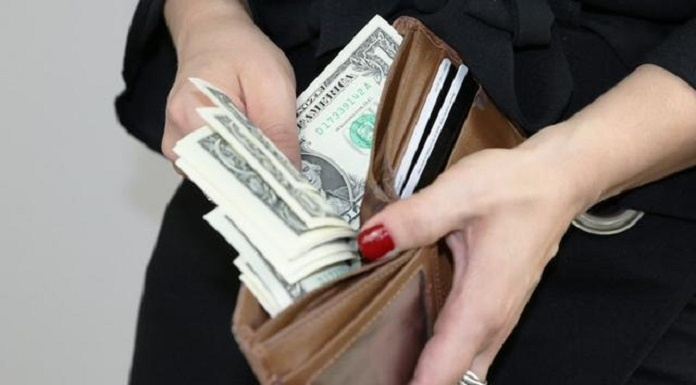 Menghasilkan Uang dengan Mudah dan Cepat Hanya Modal Gadget