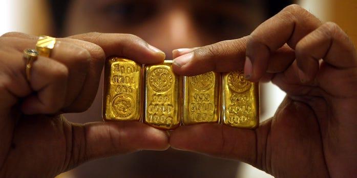 harga emas Jumat 23 Oktober