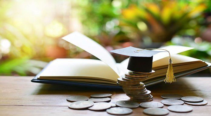 Pinjaman Dana Pendidikan Terbaik 2020