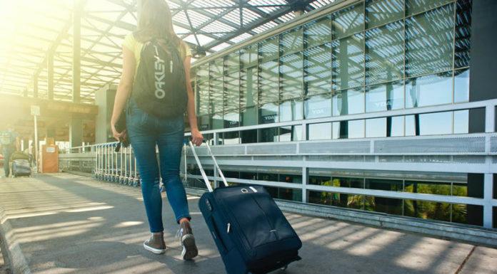 keuntungan menggunakan asuransi perjalanan